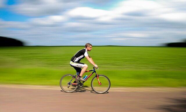Dlaczego warto jeździć rowerem