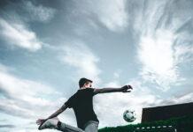 Jak wybrać stroje sportowe dla drużyny